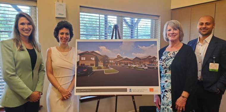 Senator Michelle Hinchey visits Valley Residential Services